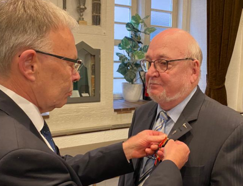 Bundesverdienstkreuz für Hartmut Frerichs